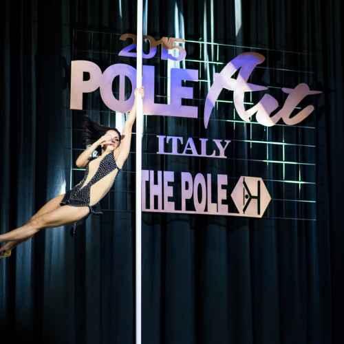 Backstage pole art italy 2015 02