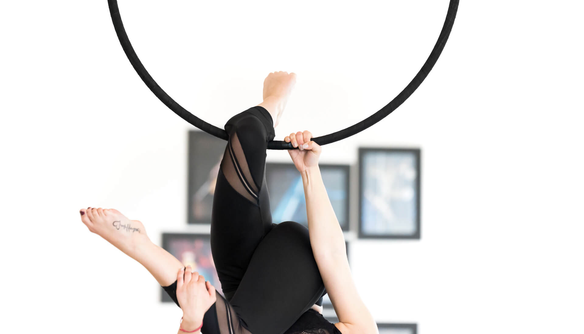 Pole dance hoop